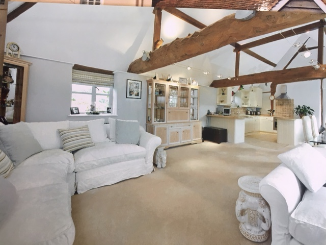 Barn Conversion Oxfordshire Village